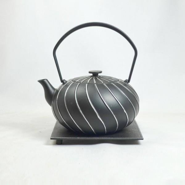 Nami 1.0l Teekanne Gusseisen